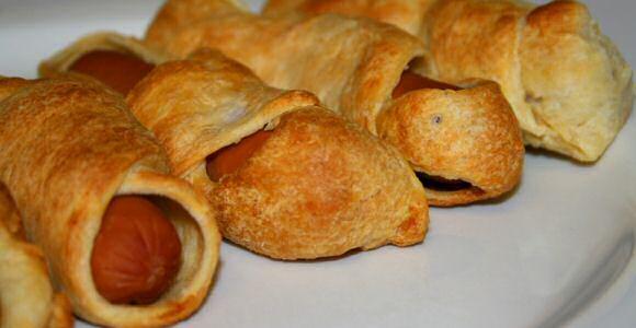 Supersnel recept om lekker gevulde knakworstjes in 10 minuten makkelijk, zelfgemaakt bladerdeeg te maken